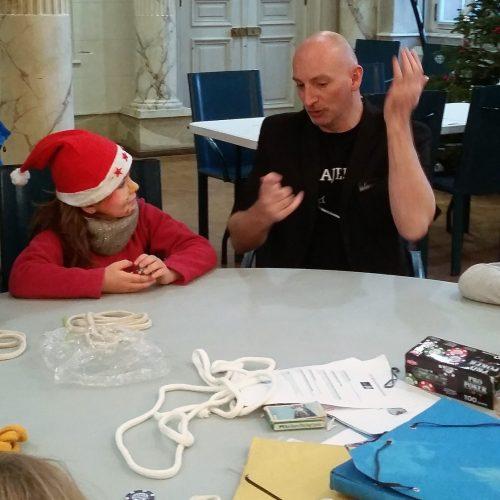 Atelier magie de Noël. Mois givré de Belfort avec Majerik Votre magicien